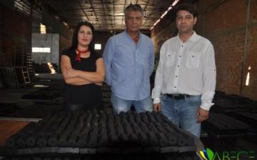 Zeytin Çekirdeğinden Mangal Kömürü Üretip, İhracat Yaptılar