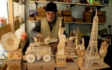 Kahramanmaraş'ta İnsanların Çöpe Attığı Eşyalara Hayat Veriyor