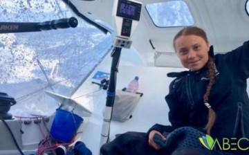 Yelkenliyle Atlas Okyanusu'nu Geçen Çevreci Greta Thunberg: Artık Doğayla Kavga Etmeyi Bırakmalıyız