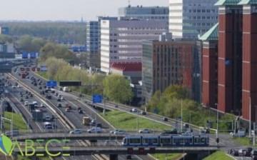 Hollanda, İklim Değişikliğiyle Mücadele İçin Otoyollarda Hız Sınırını 100 Kilometreye Düşürüyor