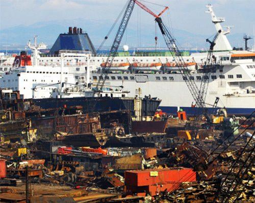 Hurda Gemiler den Ekonomiye 1 Milyar Liralık Katkı